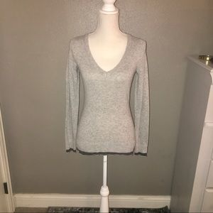 NWOT SZ XS BANANA REPUBLIC GRAY BLUE TRIM SWEATER